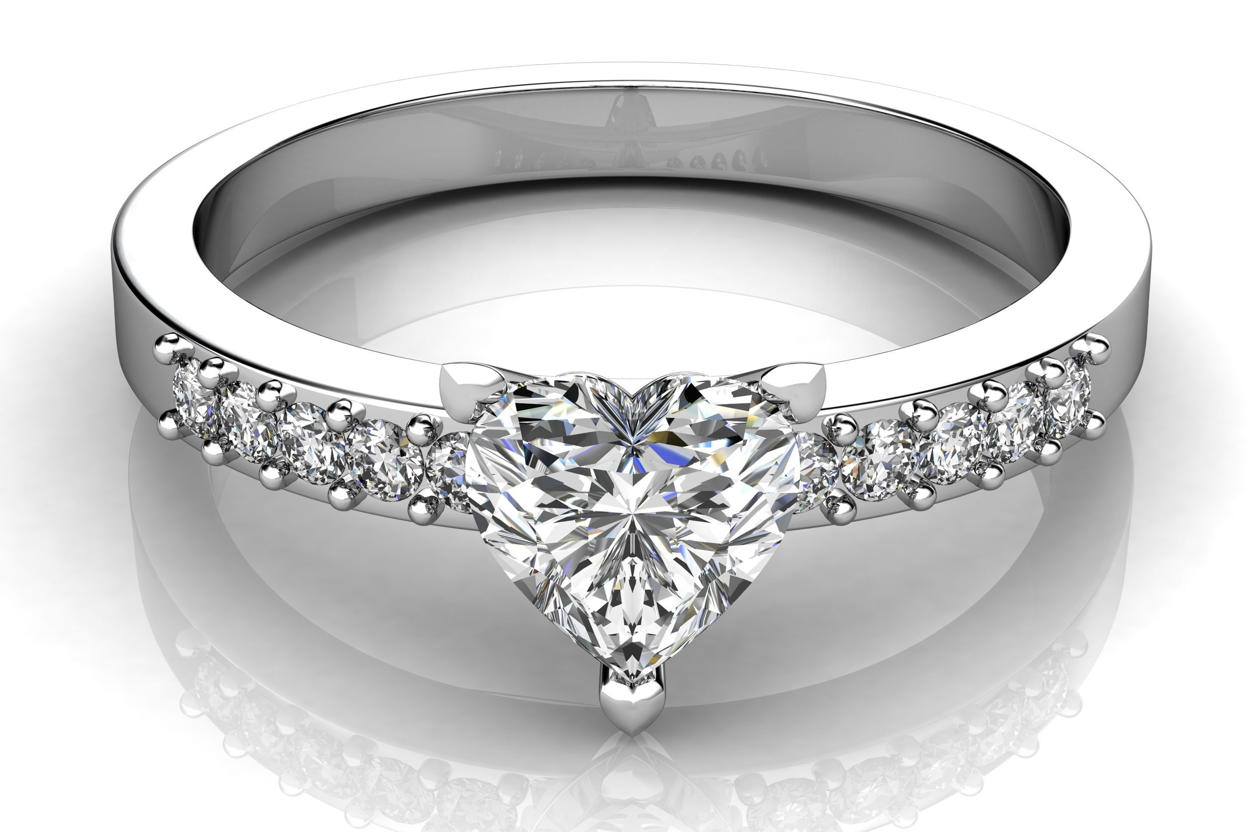Purchasing Diamond Rings In Racine WI